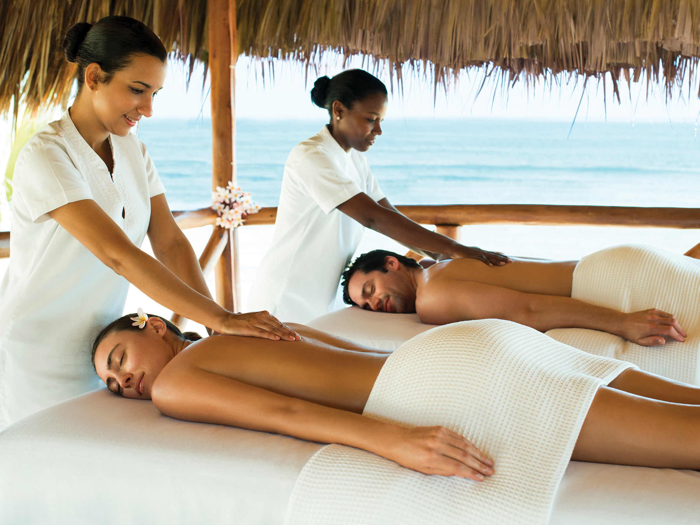 Relax during a Couples Beach Massage